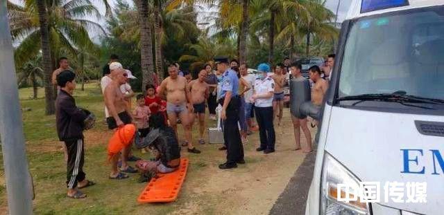 67岁大爷一口气救4个年轻人,上岸后连气都没喘!网友:太硬核