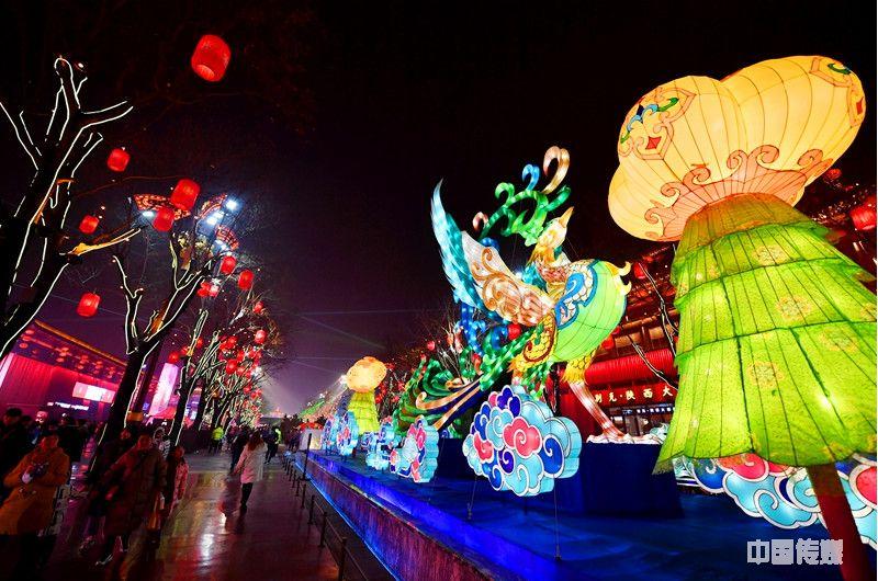 西安:春节临近年味浓