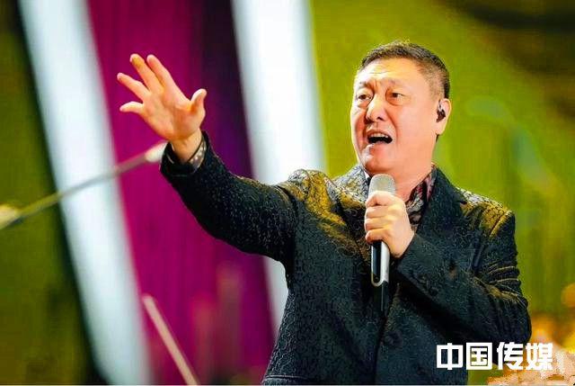 歌手韩磊:喜欢喝酒的优秀男人!