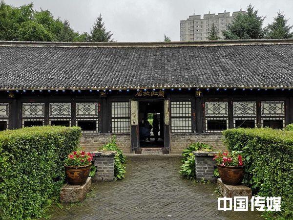 <strong>走访萧红故居:呼兰河边的小屋,萧红写作的起点与终途</strong>