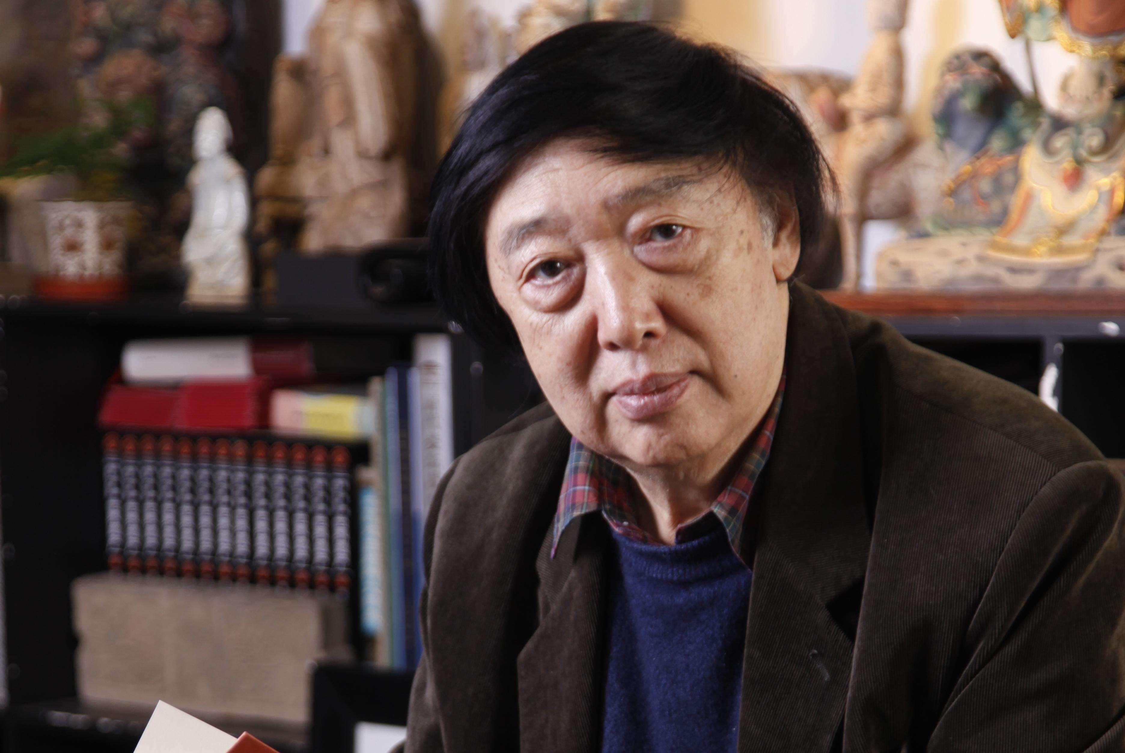 <strong>冯骥才:不是我想写,是小说找我写它</strong>